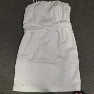 Limited dress with pockets
